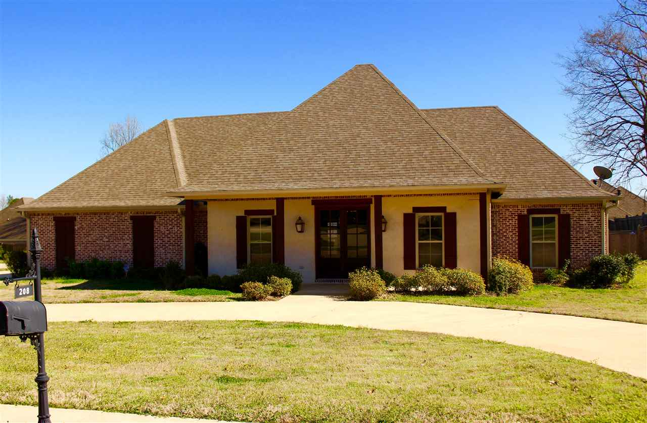 beautiful small bedrooms clinton ms homes for amp real estate nixtann 10224