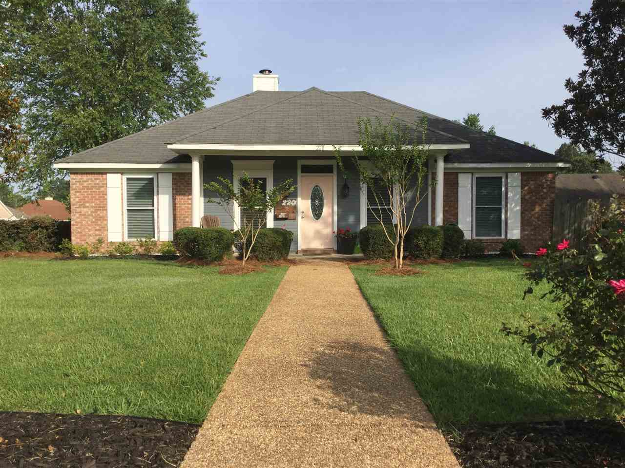 220 SHADY PECAN DR, Florence
