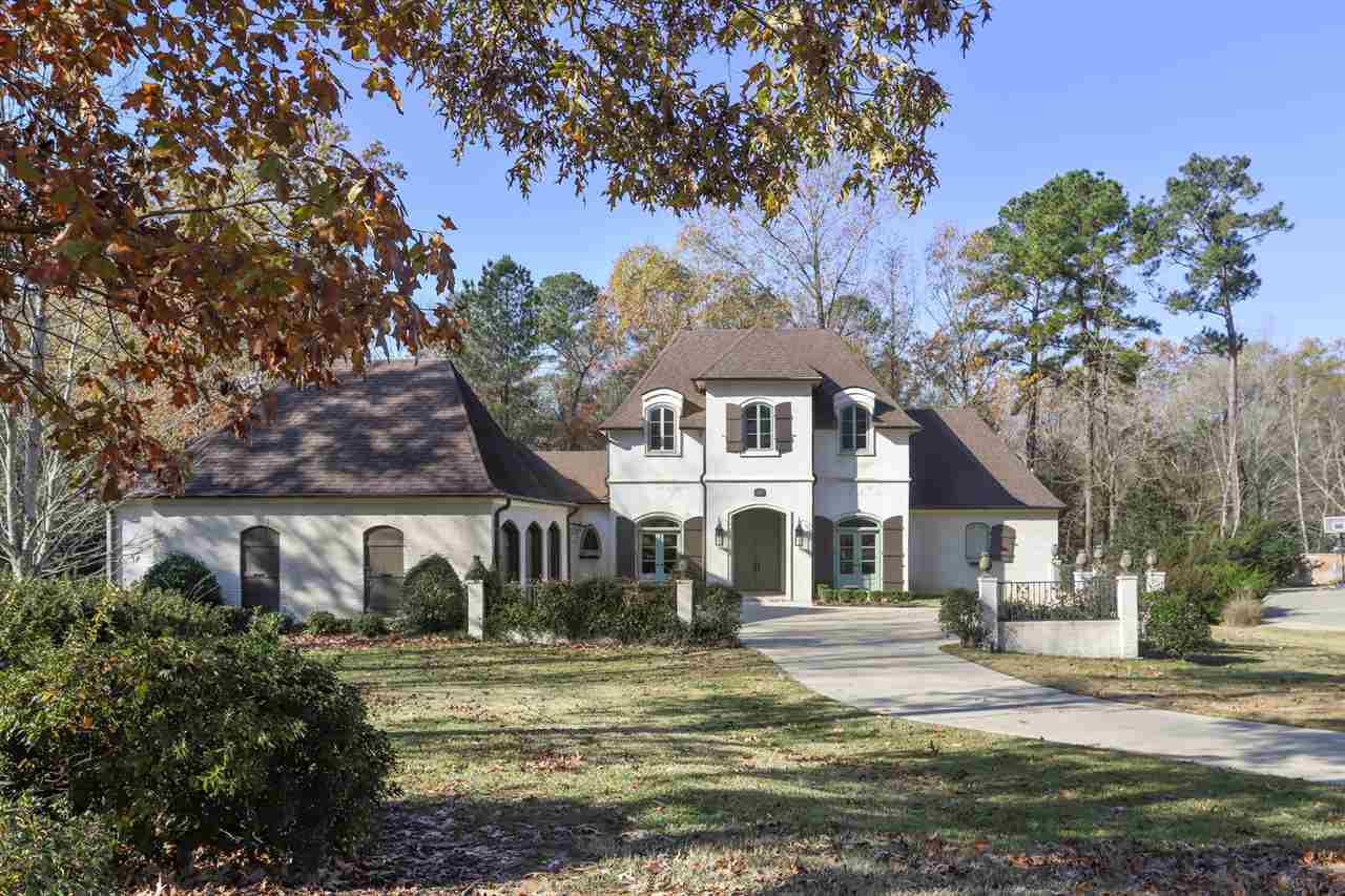 102 CHERRY LAUREL CT, Ridgeland