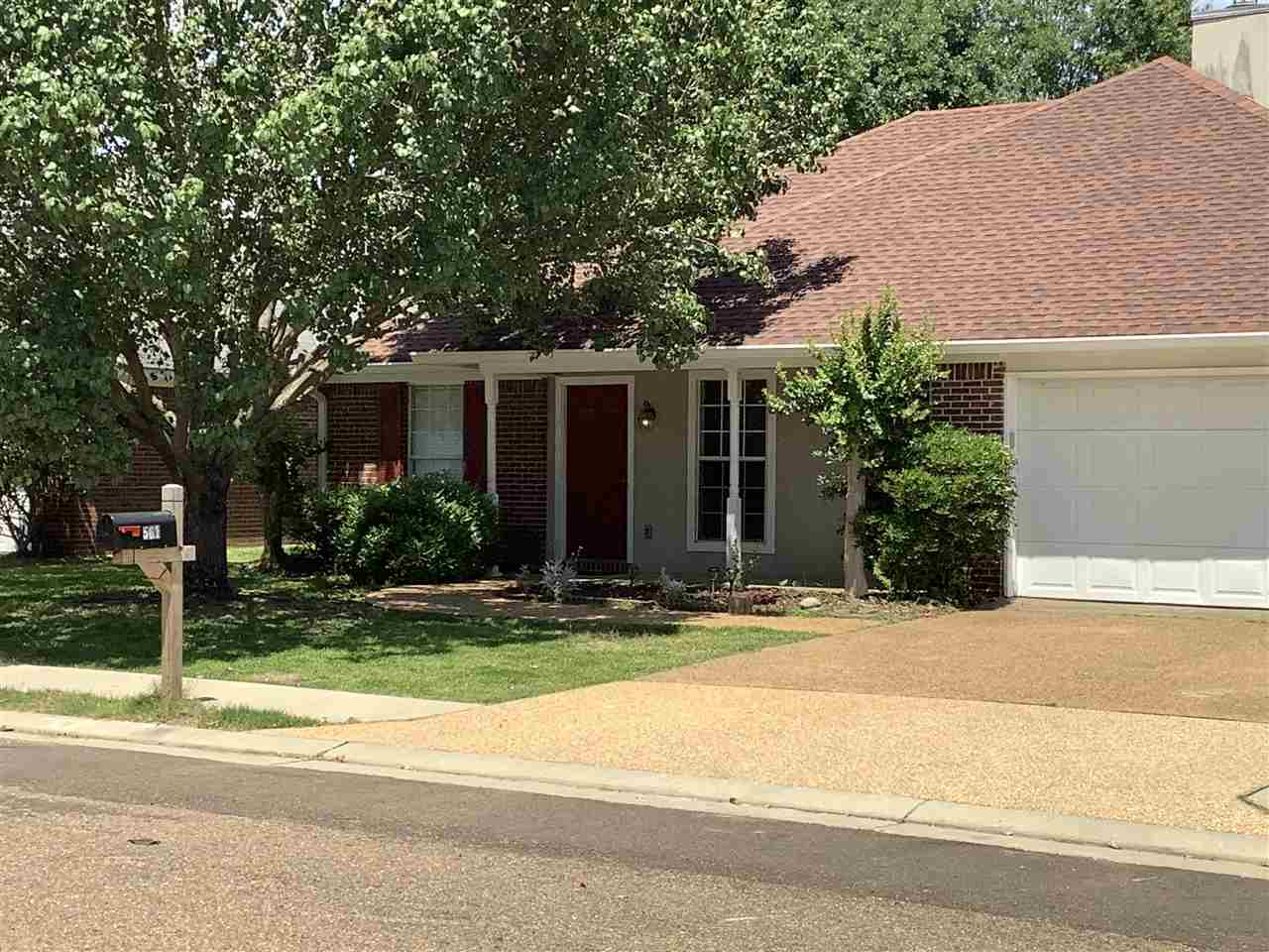 Location Perfect! Come home to 561 Acorn Lane in Oak Grove Subdivision. * Split plan on level lot with front porch * Privacy fenced backyard with 1 large shade tree in the front and in the     backyard.  * Extended covered patio makes outdoor entertaining fun! * Kitchen open to dining room which is open to the living room with gas     fireplace and tray ceiling. * Master Bedroom has Ensuite Bath with Walk in Closet * NEW A/C * NEW Architectural Shingle Roof * NEW Gas Stove * NEW built in microwave * Refrigerator Remains * Close to Reservoir * Close to Dogwood Dining and Shopping Plenty of Space with lots of Storage and natural Light, Don't miss this one!