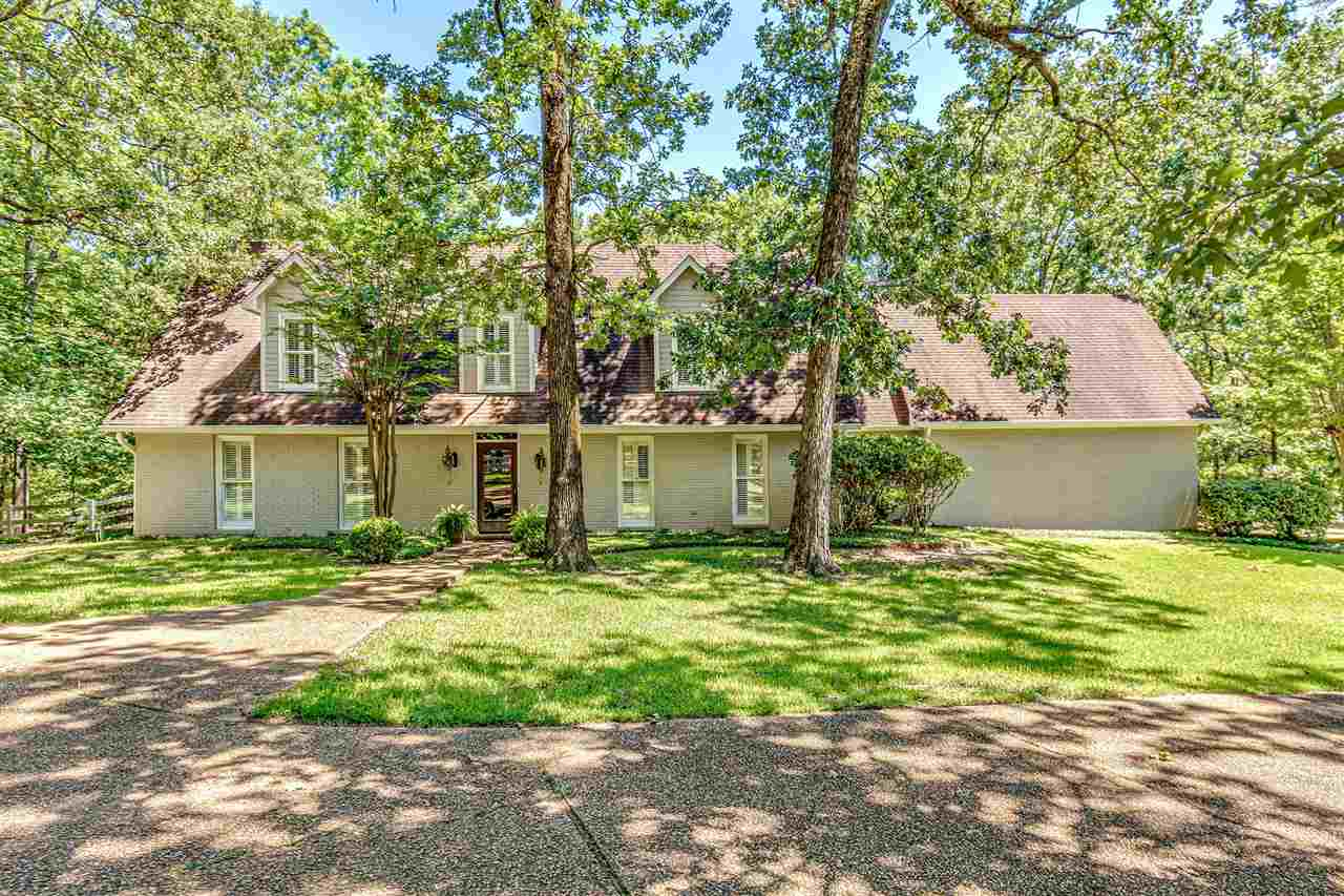 Country living with the convenience of city life! Welcome to 431 Sundial rd, this property features a 3174 sq ft main house with an 1800 sq ft carriage house. The main house features 3 bedrooms 2 and half baths with plenty of room to make additions and is located under a canopy of mature trees that overlooks a well stocked fishing lake with pier. This home has solid surface countertops throughout, tons of storage, and amazing views from every window. The Master suite is located on the main floor with two additional bedrooms, a bathroom, and a bonus room located upstairs. The carriage house features 2 bedrooms, 2 bathrooms, a full kitchen, walk in pantry and laundry room. On the main level you have a large open living area and a full bath, Upstairs you will find a large master suite with a full bathroom featuring a walk in tile shower and a claw foot tub. Also upstairs you will find a bunk room with 4 custom built bunks and 3 fabulous closets.  The building is Morton brand and the entire building is insulated with closed cell spray foam insulation to ensure it stay a comfortable temperature year round. The garage in the carriage house is oversized and has 2 large bays, it also features closed cell spray foam insulation so it stays comfortable when working on any projects. It would be a perfect place to live if you wanted to make any renovations to the main house. This property also features a stable with 2 stalls and includes power and water. The entire property has an irrigation system that is lake fed so no outrageous water bill. Each dwelling has its own water meter and septic tank. This property is also fully equipped with surveillance cameras. Call your favorite Real Estate professional for your private viewing today!