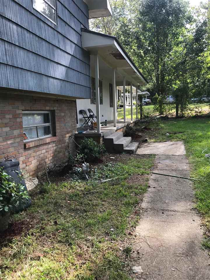 118 W LEAVELL WOODS DR, Jackson