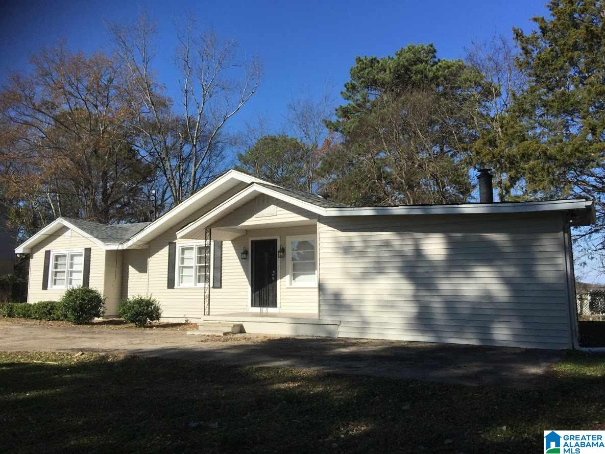 2629 4TH PL NW, Center Point, AL 35215