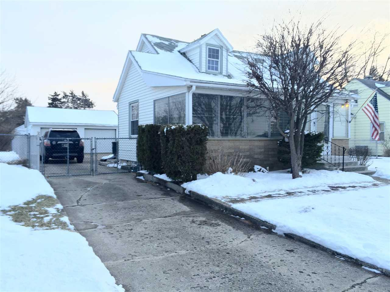 2502  Eisenhower South Bend, IN 46615