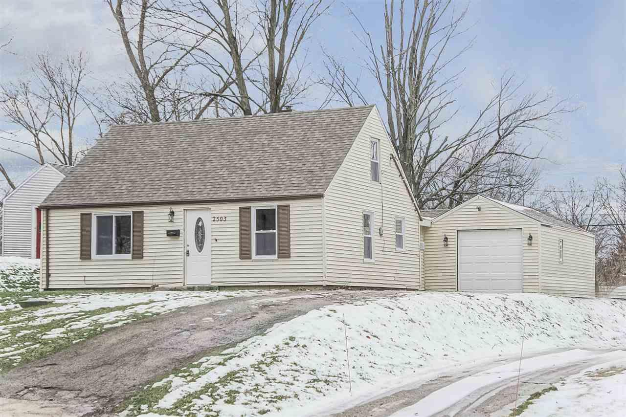 2503  Woodmont South Bend, IN 46614