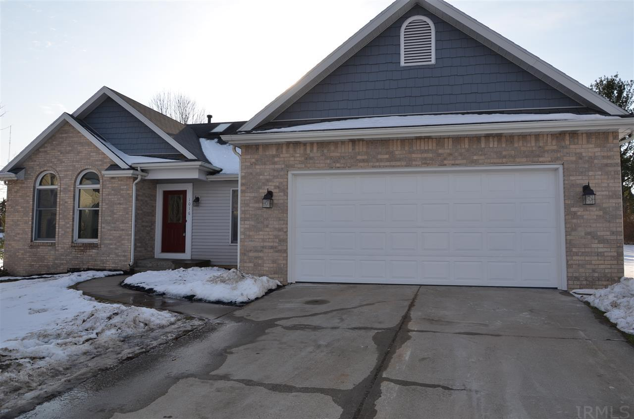 1016  Wheatly South Bend, IN 46614