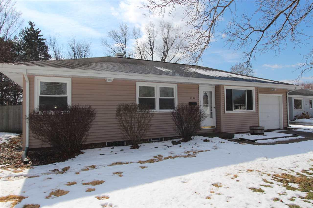 5132  Rowantree South Bend, IN 46619