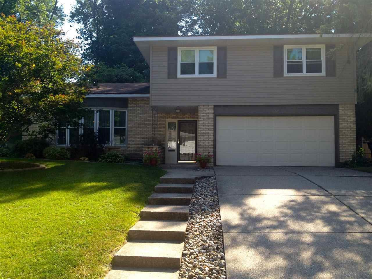 1159  Echo Drive South Bend, IN 46614