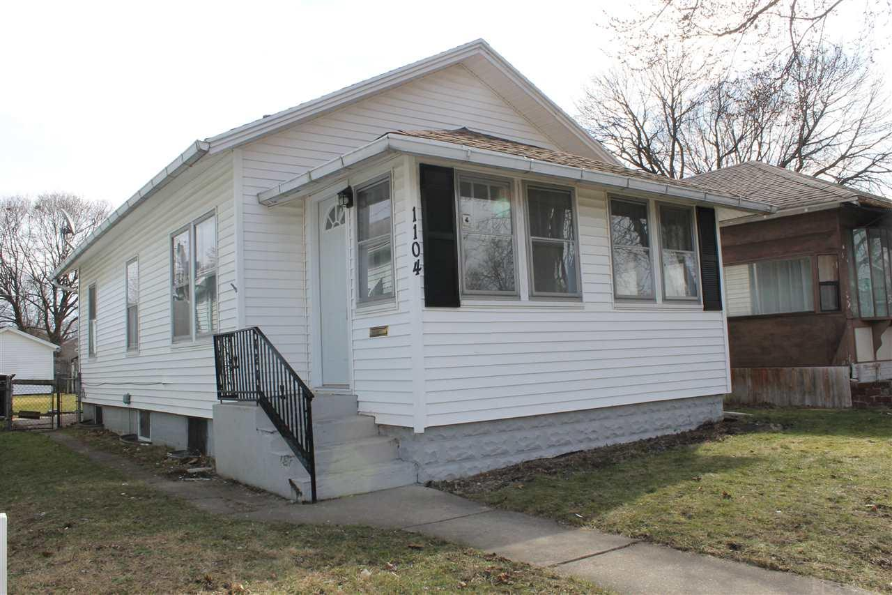 1104 S 30th South Bend, IN 46615