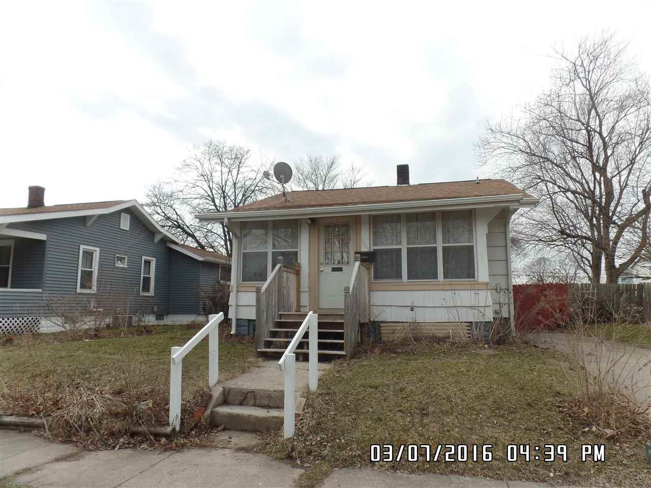 1115 S 30th South Bend, IN 46615
