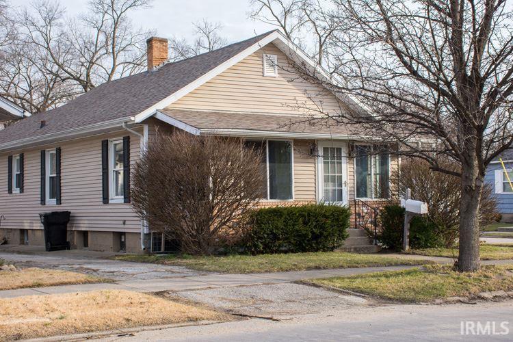 1655 E Calvert St South Bend, IN 46613