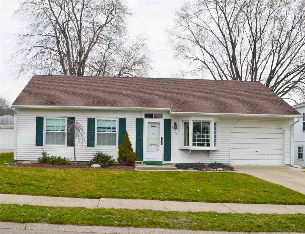 4328  Coral South Bend, IN 46614