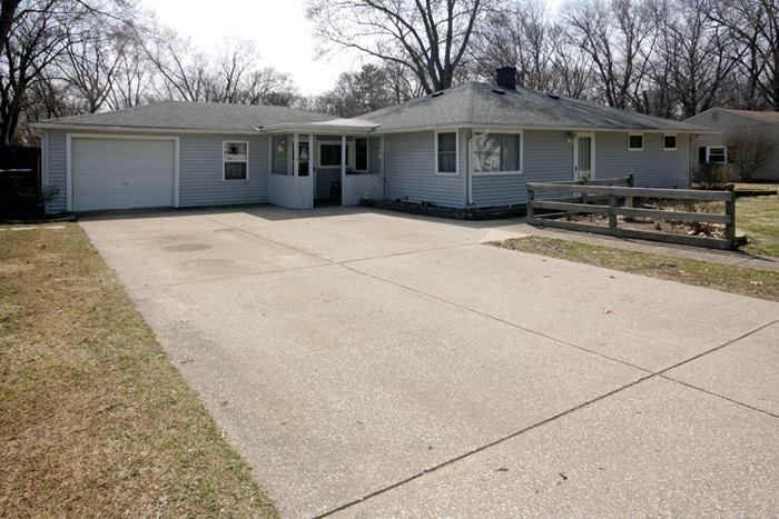 13710  Esther Mishawaka, IN 46545