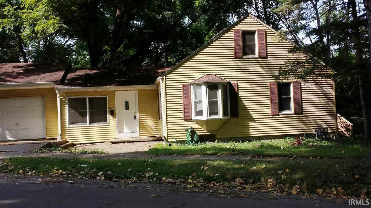 1714  Kessler South Bend, IN 46616