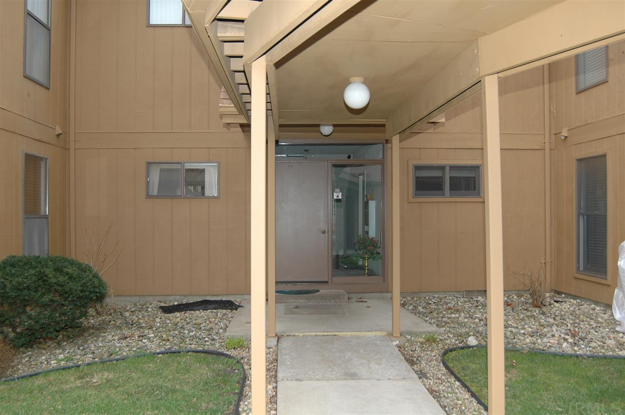 2025  Waterview Ct #b South Bend, IN 46637