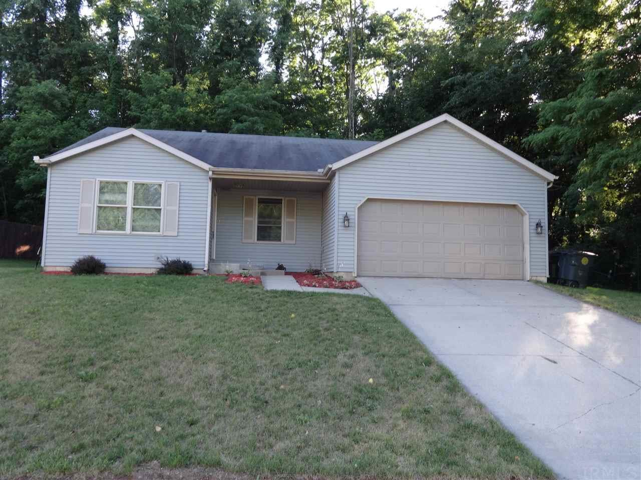 2513  Emerson Forest South Bend, IN 46614