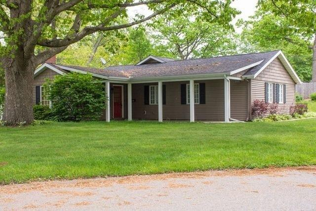 2720  Hilltop South Bend, IN 46614