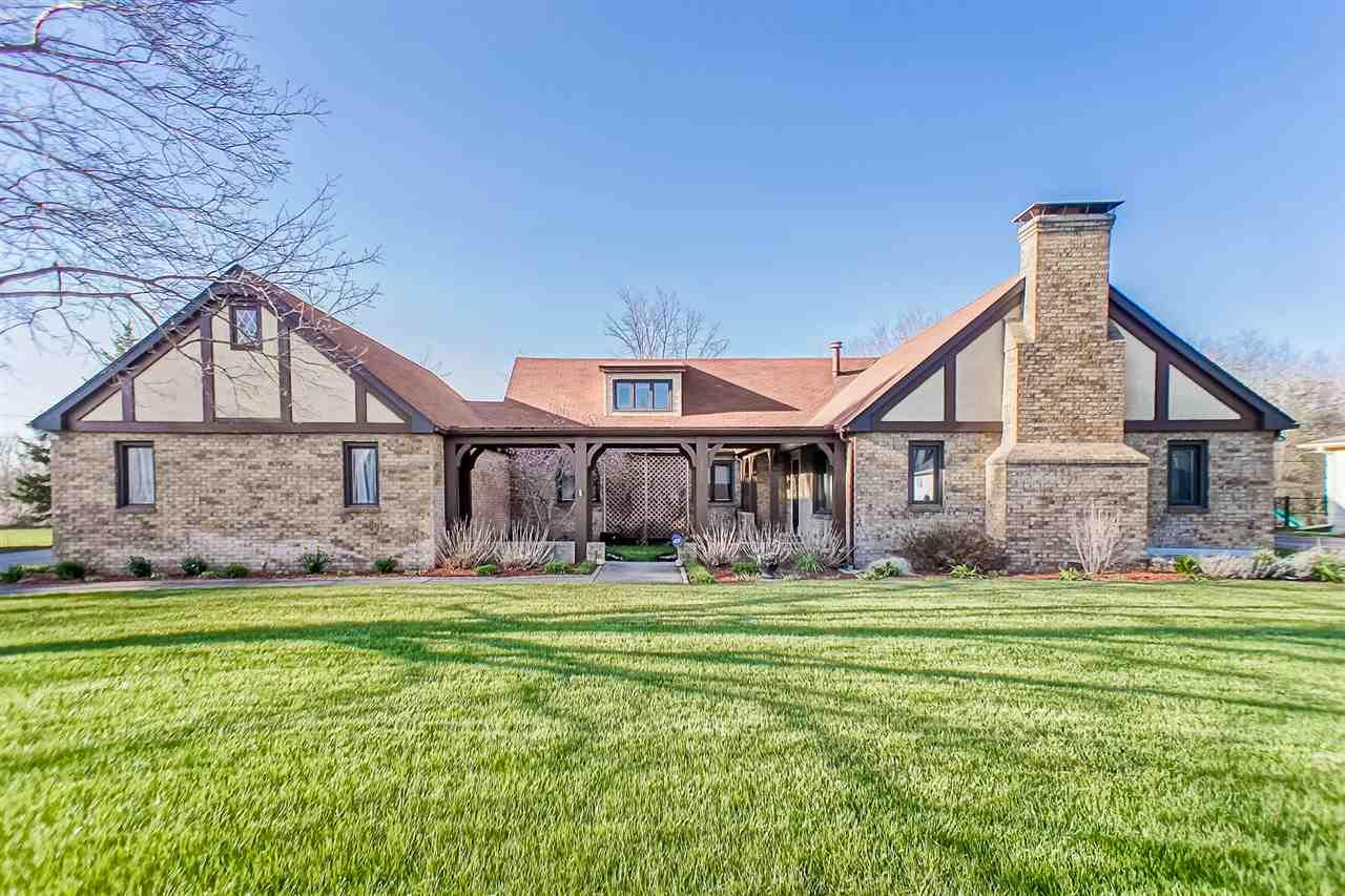 19385  Orchard Heights South Bend, IN 46614