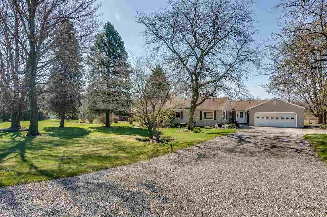 22562  Riley Lakeville, IN 46536