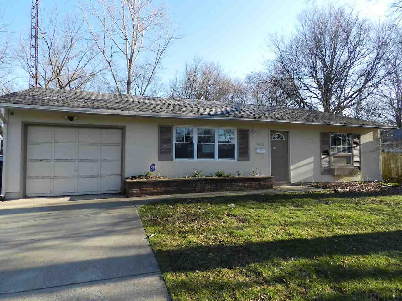 1433  Orkney South Bend, IN 46614