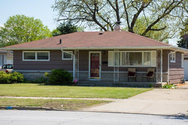 2622  Edison Rd. South Bend, IN 46615