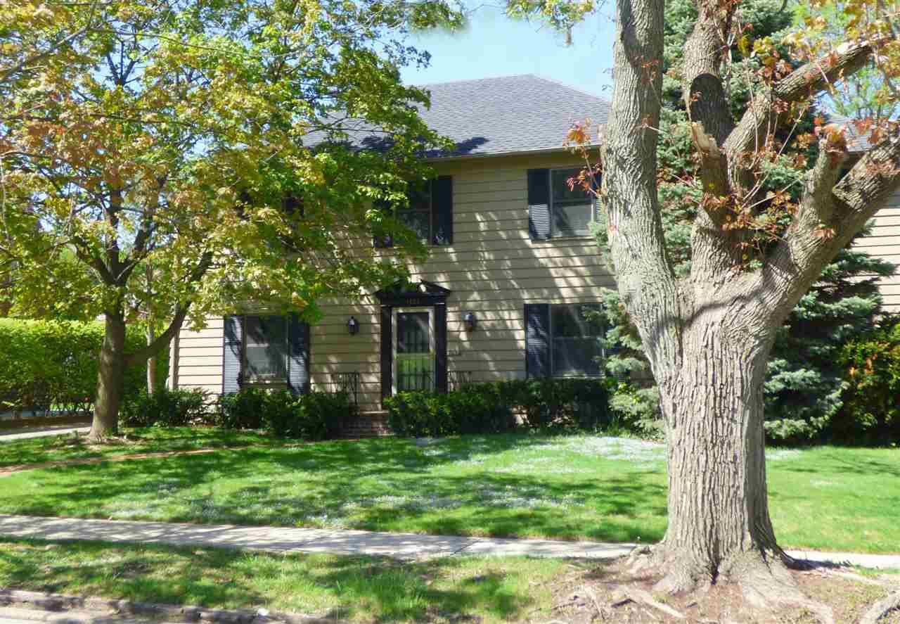 1131 E Eckman South Bend, IN 46614