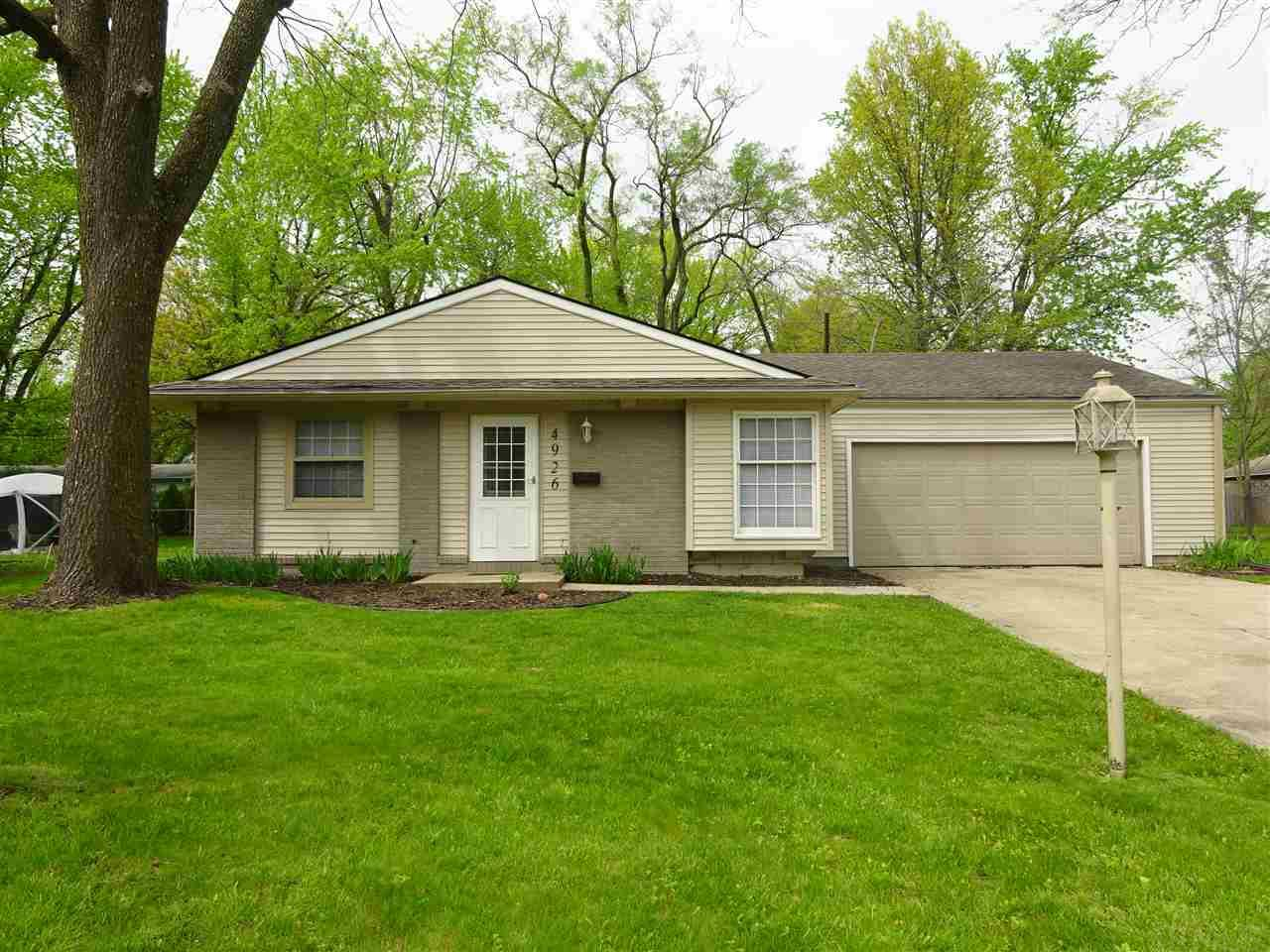 4926  Blackford South Bend, IN 46614