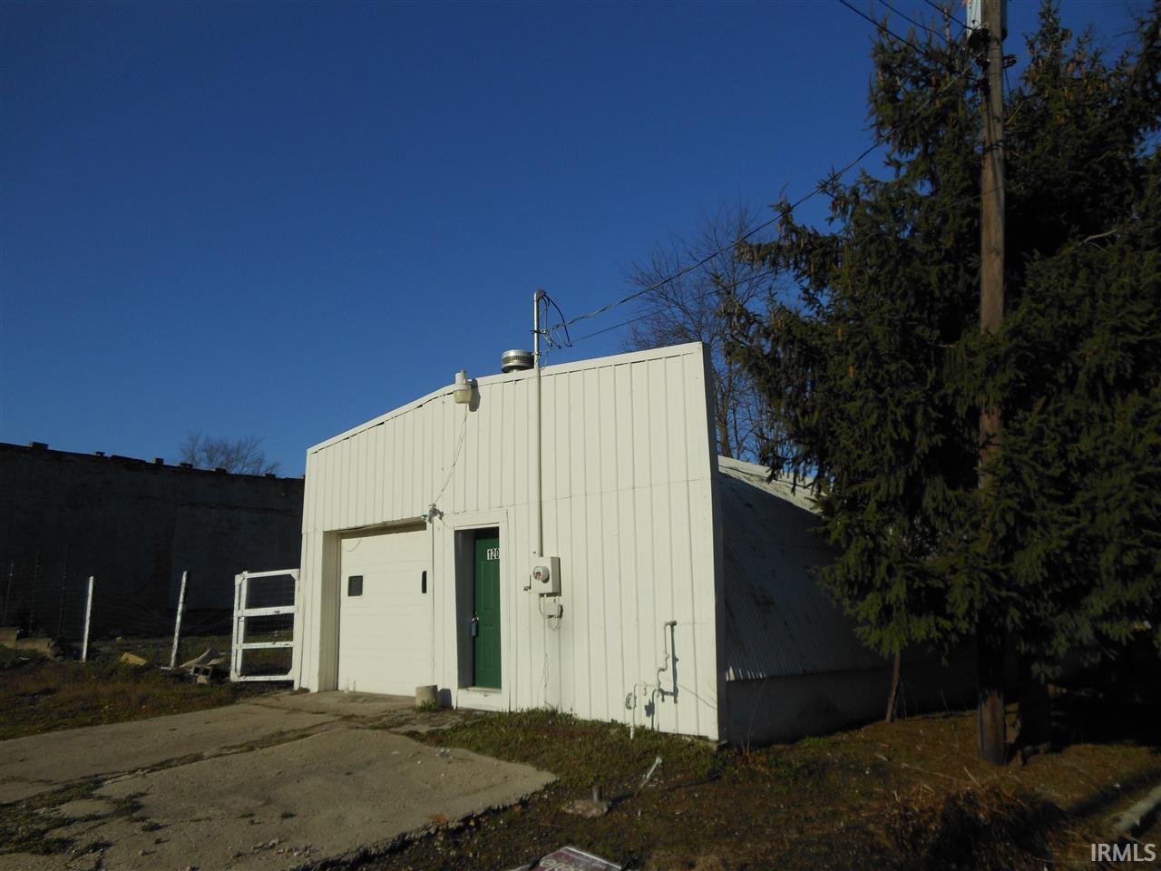 1201Q  Richmond Elkhart, IN 46516