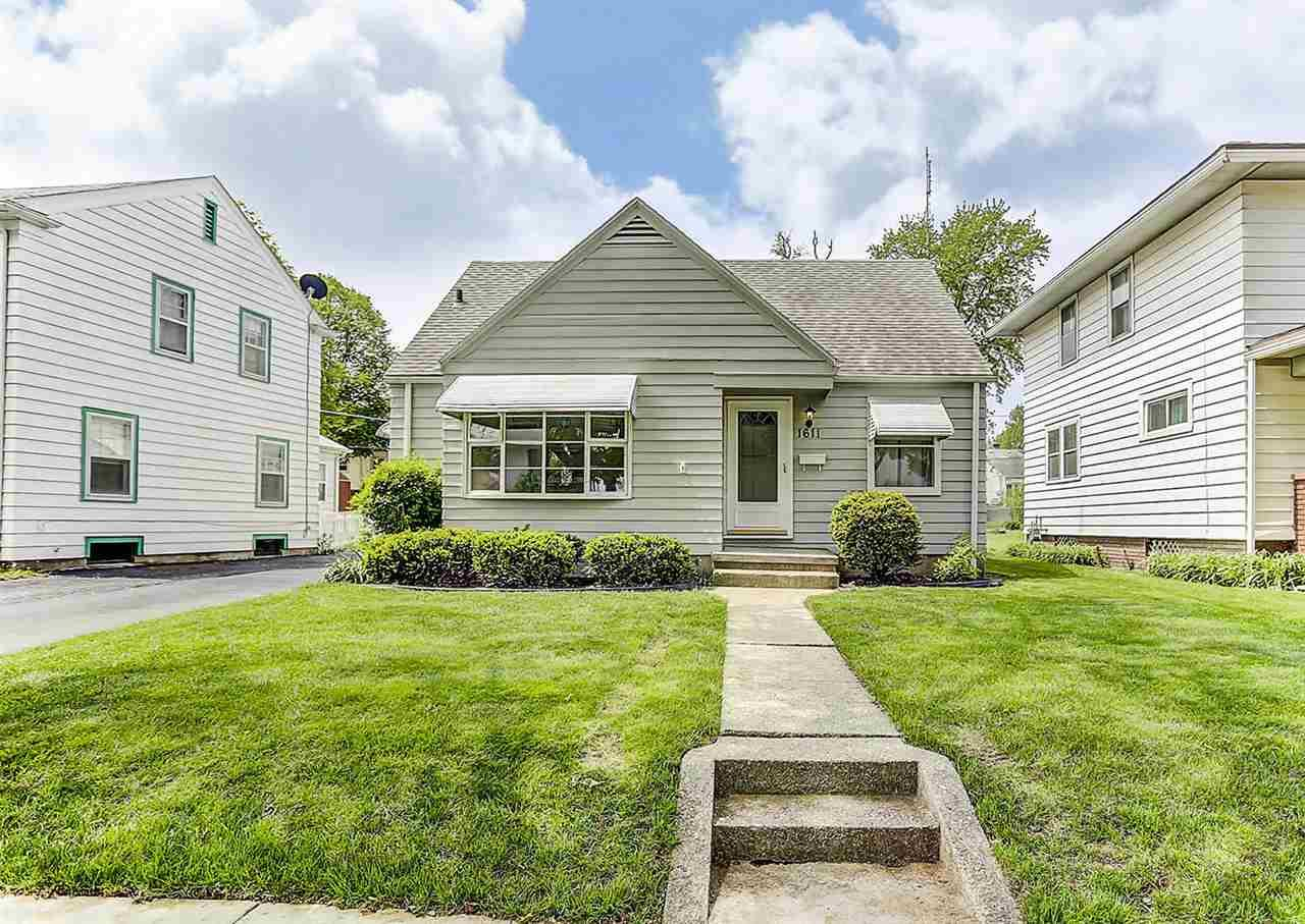 1611 Schilling Avenue Fort Wayne In 46808 Sold Listing Carpenter Realtors Inc