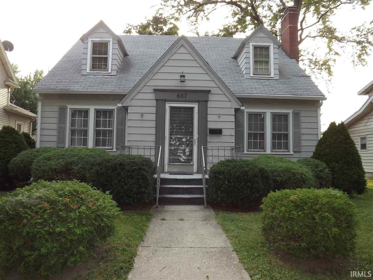 607 S Indiana Avenue Auburn IN 46706 & 607 S Indiana Avenue Auburn IN 46706 - SOLD LISTING | Carpenter ...