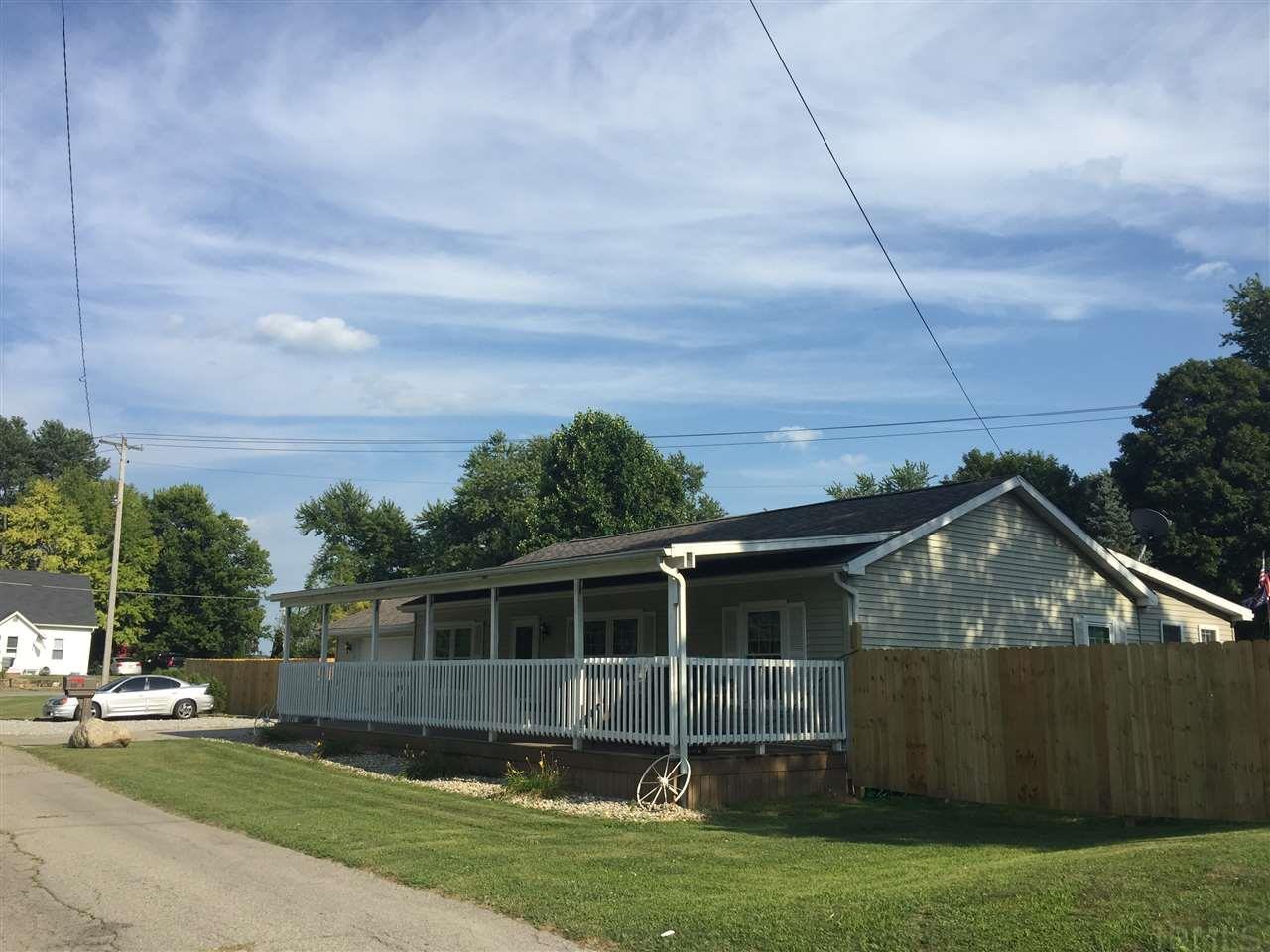 507 N Calhoun South Whitley, IN 46787