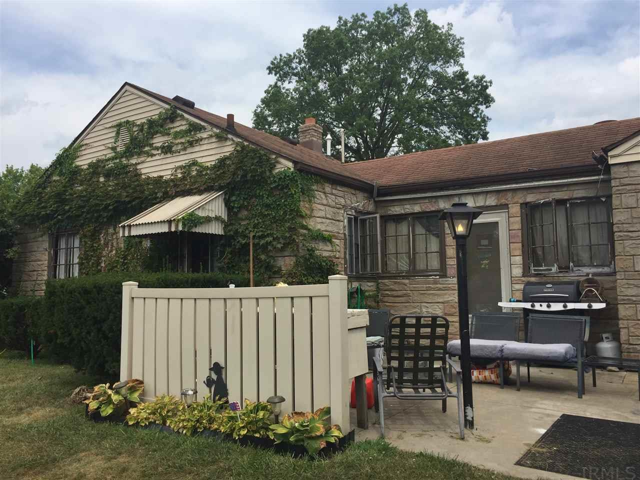 1304 Belmont South Bend, IN 46615