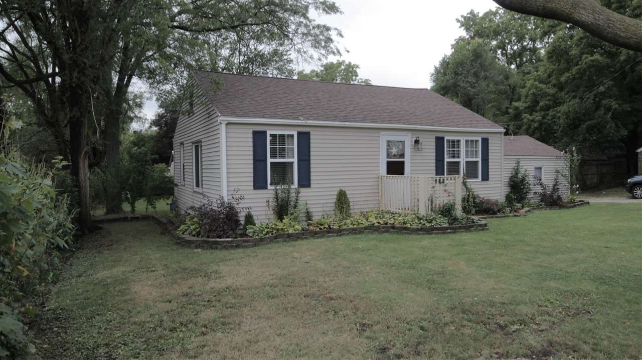 52043  Hollyhock South Bend, IN 46637