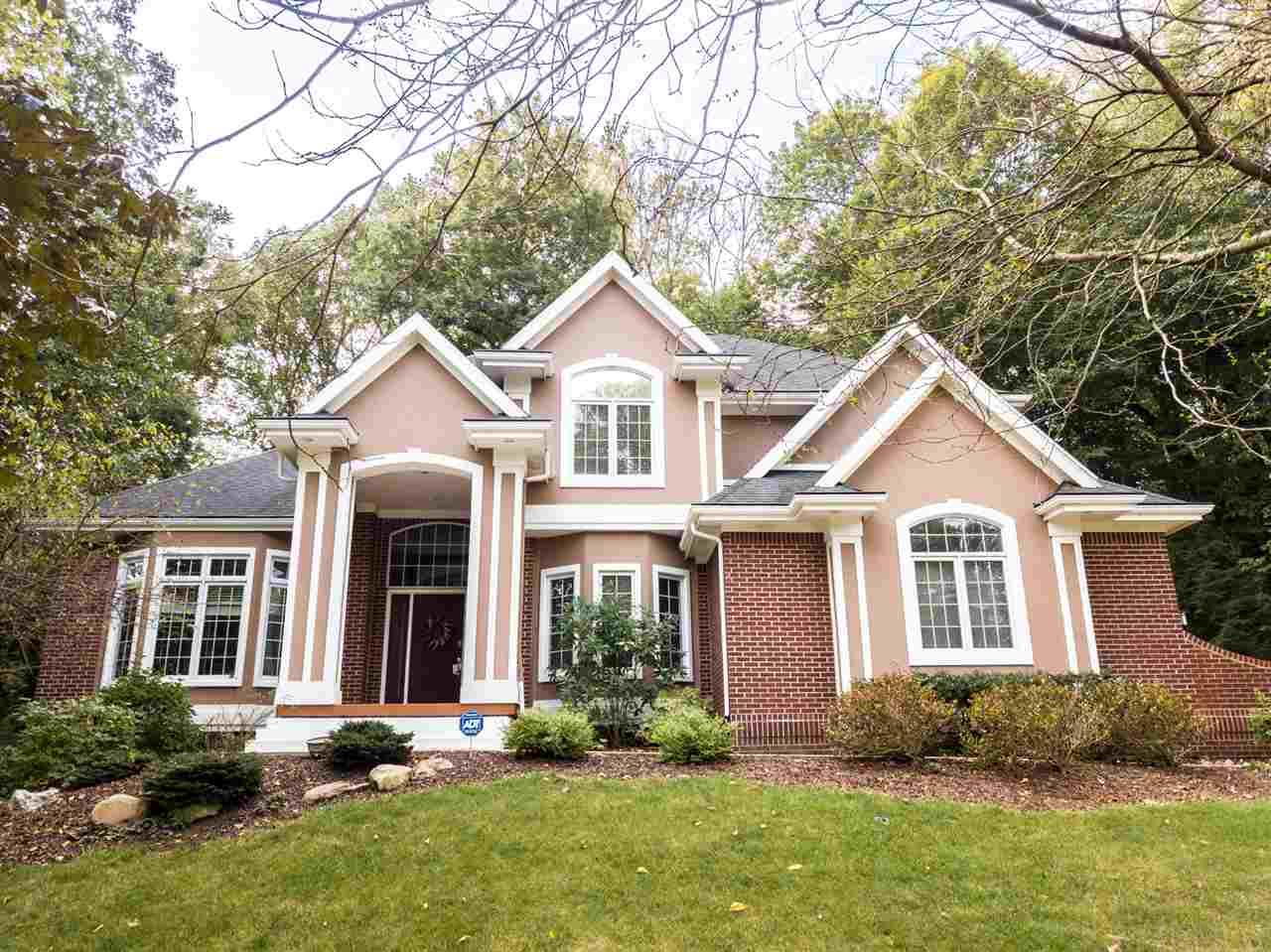 628 Shady Creek Dr Lafayette Home Listings - The Russell Company Real Estate