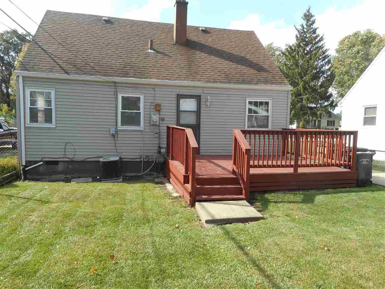912 fairway street south bend in 46619 sold listing for Fairway house cleaning