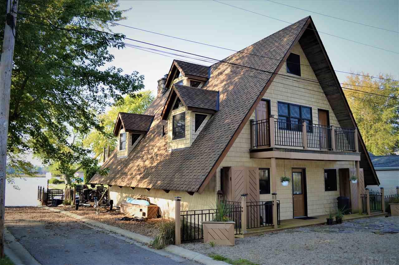 419 E Cable Syracuse, IN 46567