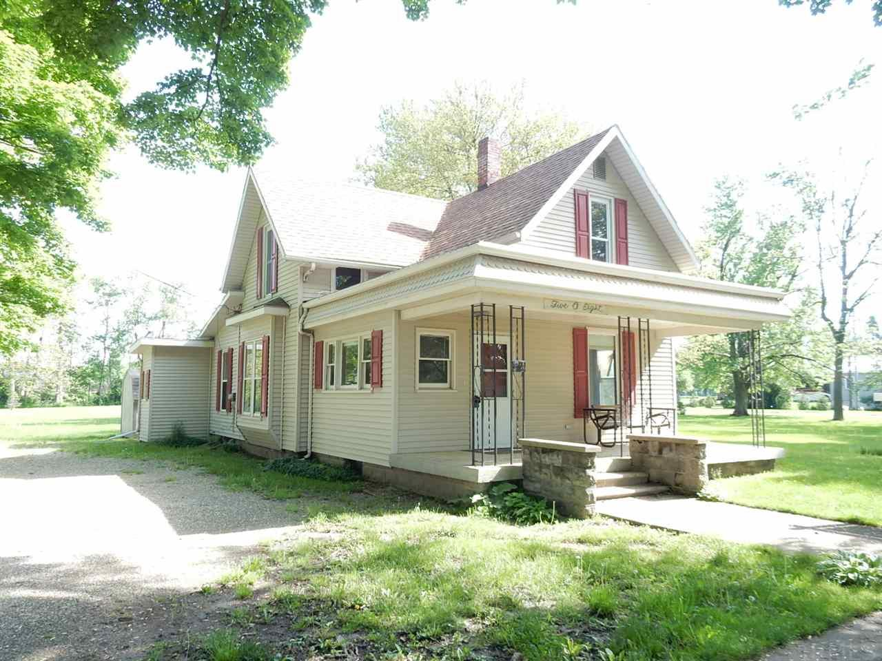 508 E Waterford Wakarusa, IN 46573