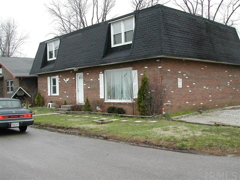 324 Moore Boonville, IN 47601