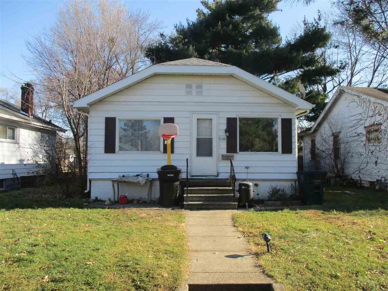 518 S 30TH South Bend, IN 46615