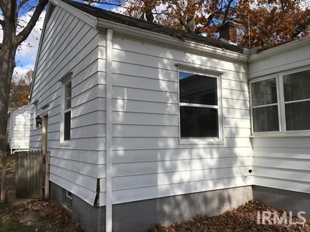 816 W Grove Mishawaka, IN 46545