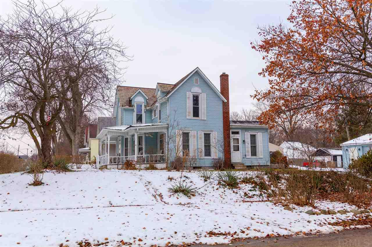 905  Middlebury Elkhart, IN 46516