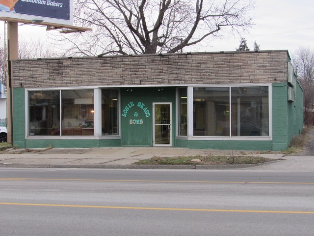 2506 S Michigan South Bend, IN 46614