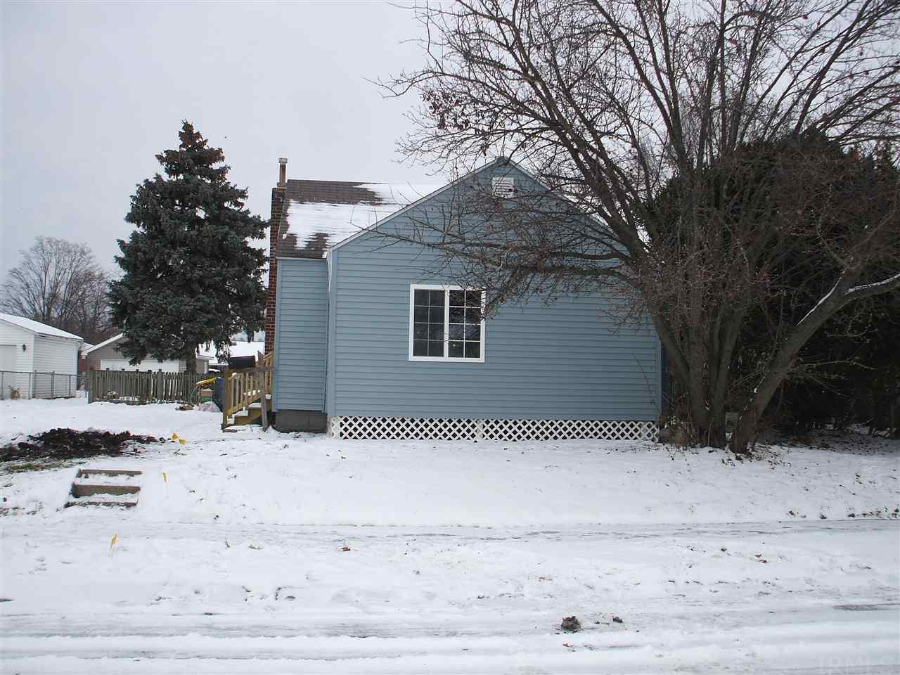 802 E 9TH Mishawaka, IN 46544