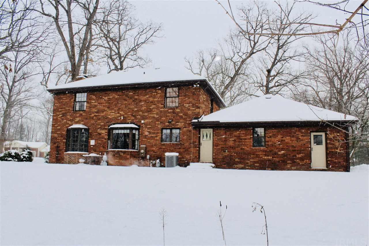 2311  Topswood South Bend, IN 46614