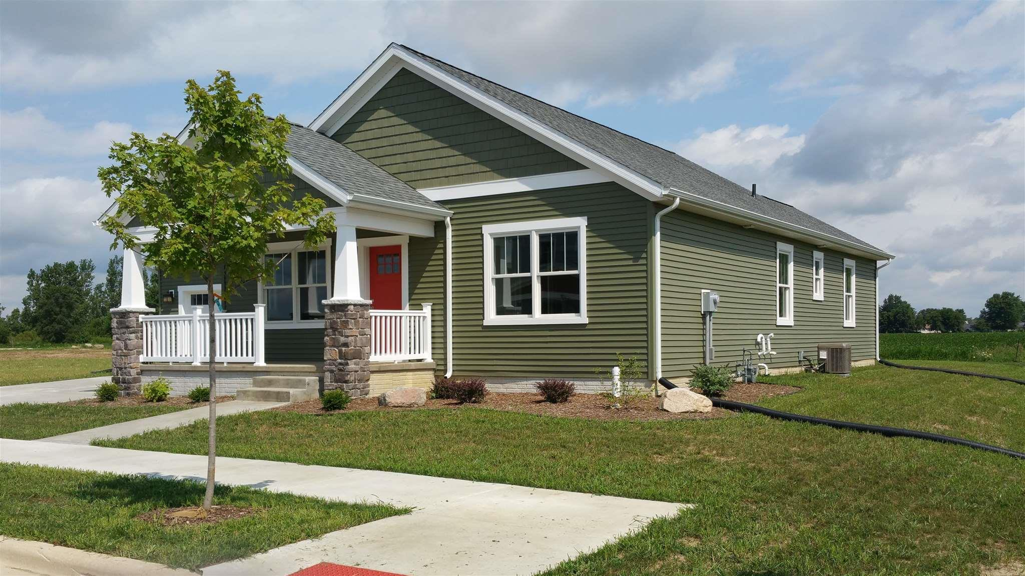 698  Bungalow Nappanee, IN 46550
