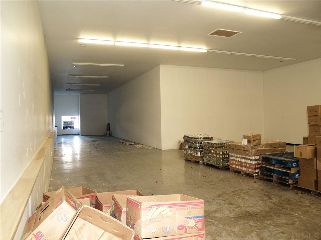 253 W Market Nappanee, IN 46550