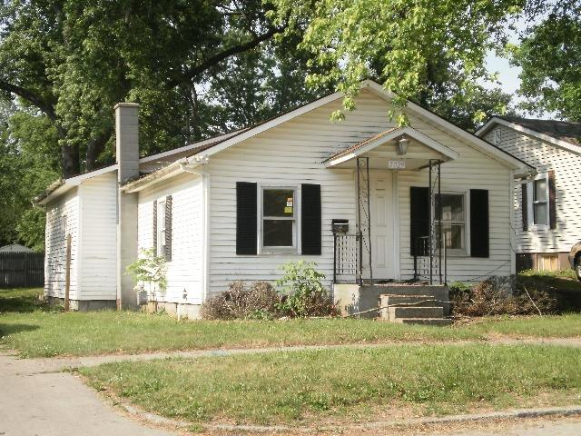 1029 Taylor Elkhart, IN 46516