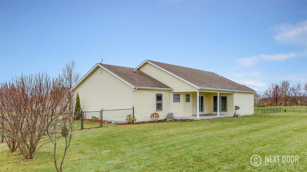 14685 Farm House Middlebury, IN 46540