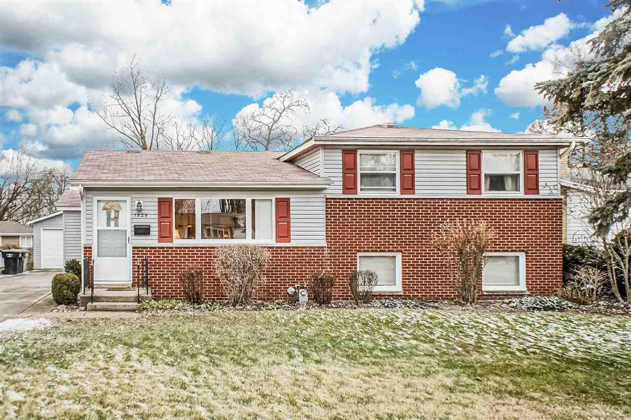 1529  Hass South Bend, IN 46635