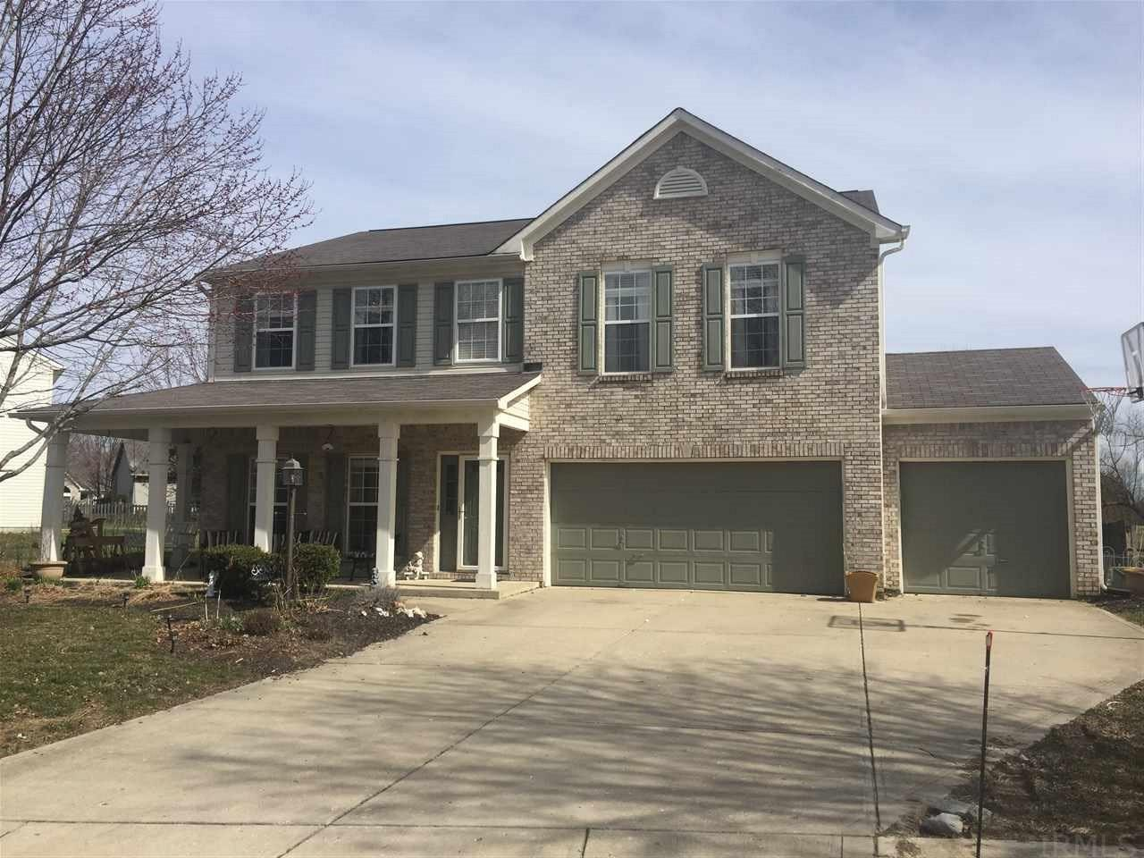 20506  Country Lake Noblesville, IN 46062